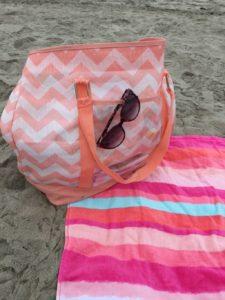 Beach Bag Essentials10