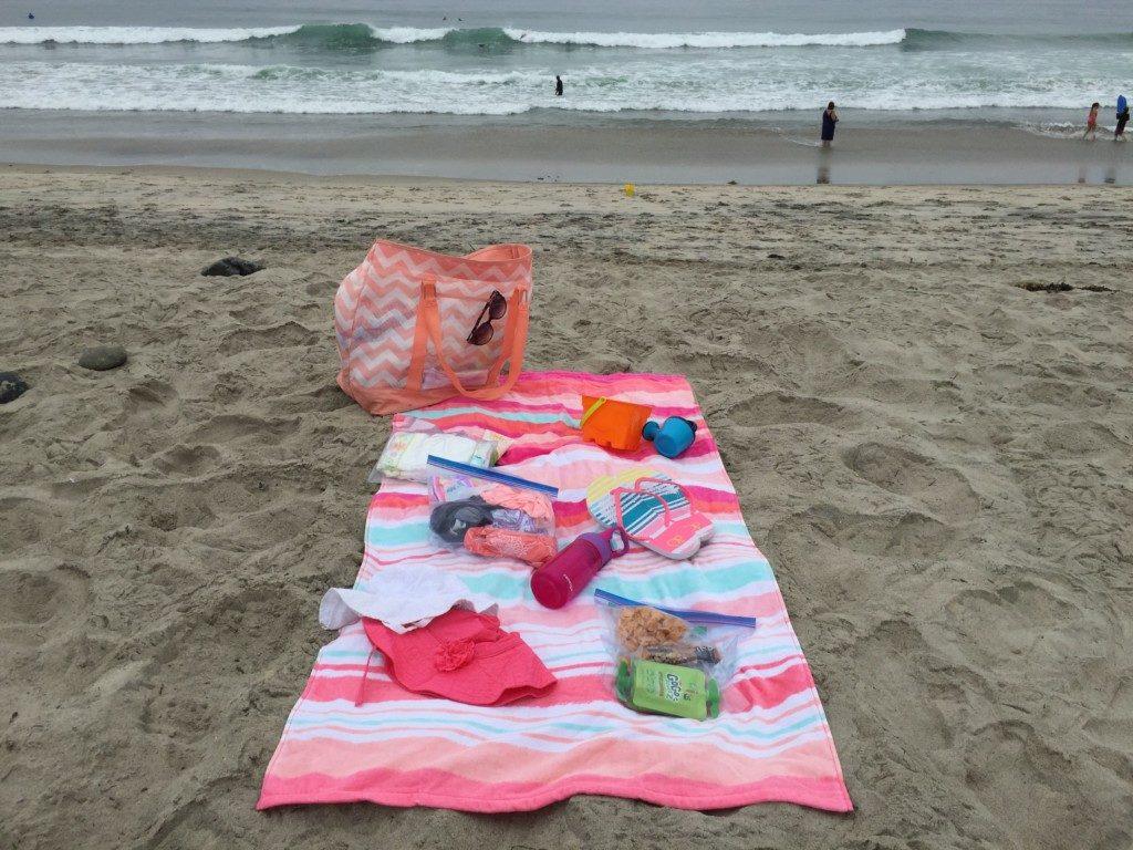 Beach Bag Essentials4