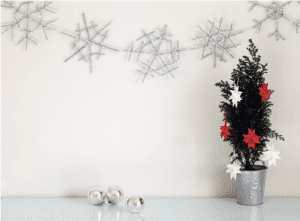 Top 10 Holiday Crafts Pipe Cleaner Garland