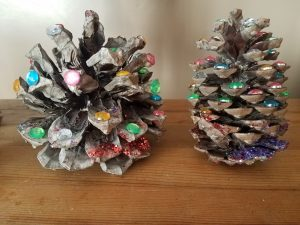 Pinecone Tree Top 10 Holiday Crafts